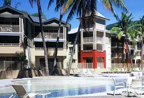 Photo: Amphora Resort Cairns