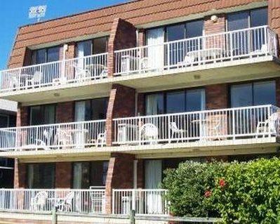 Photo: Main Beach Apartments Byron Bay