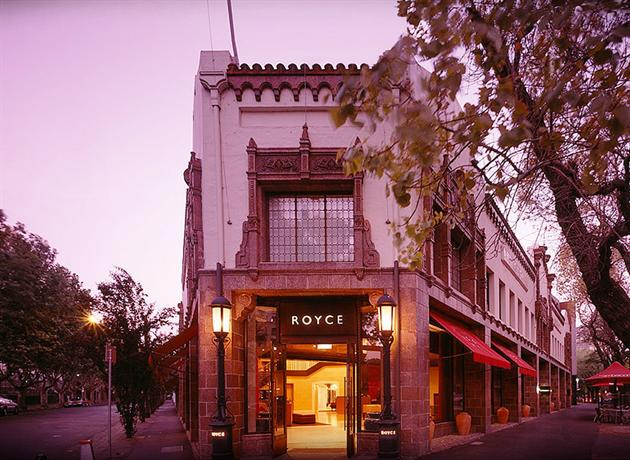 Photo: Royce Hotel