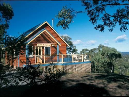 Photo: Lorne Bush House Cottages & Eco Lodges