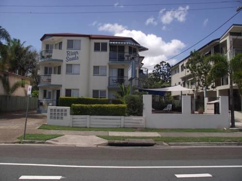 Photo: River Sands Apartments