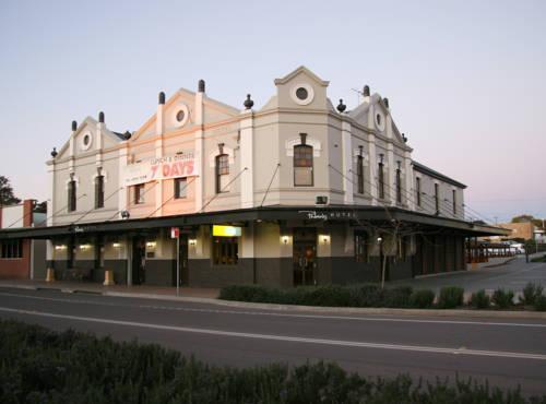 Photo: Peden's Hotel