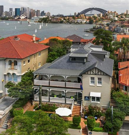 Photo: Cremorne Point Manor