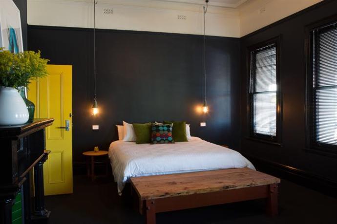 Photo: Raglan's Backpacker Hostel Adelaide