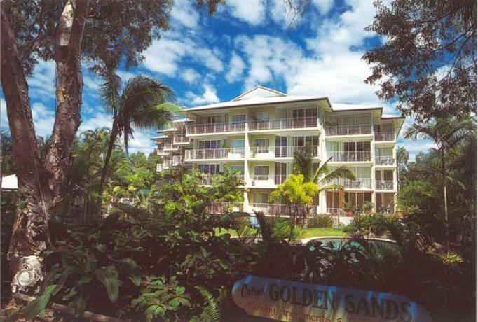 Photo: Golden Sands Beachfront Resort