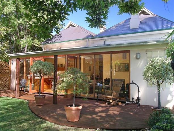 Photo: Bishop's Garden Hotel Adelaide