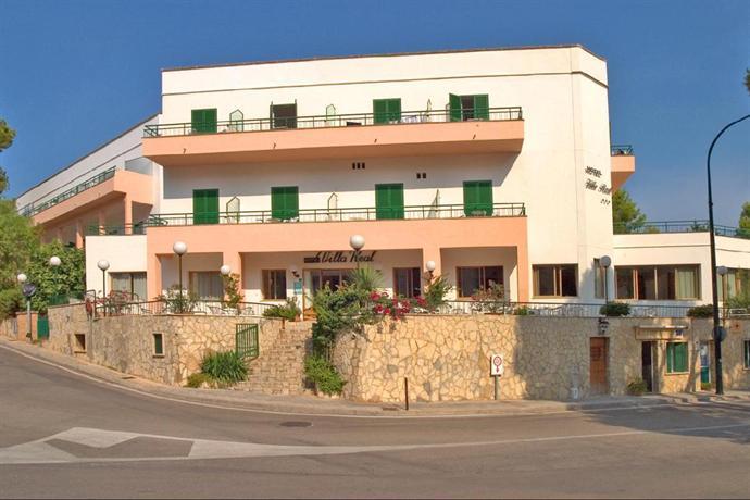 ¡Consigue una oferta fantástica de hotel en Urbanitzacio Es Camp de Mar!