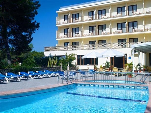 ¡Consigue una oferta fantástica de hotel en Santanyi!