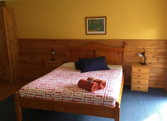 Photo: Clifton Beach Lodge