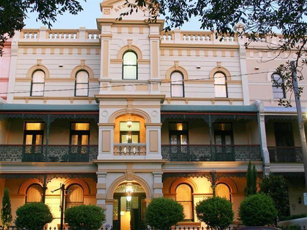 Photo: Avonmore on the Park Hotel Sydney