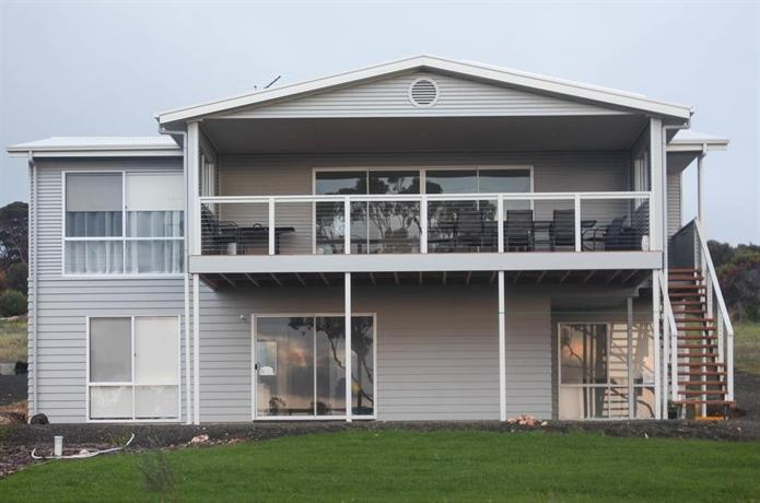 Photo: Bayview House Emu Bay