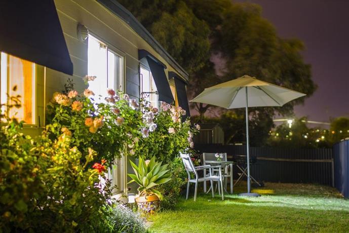 Photo: Moana Beach Sunset Holiday Accommodation