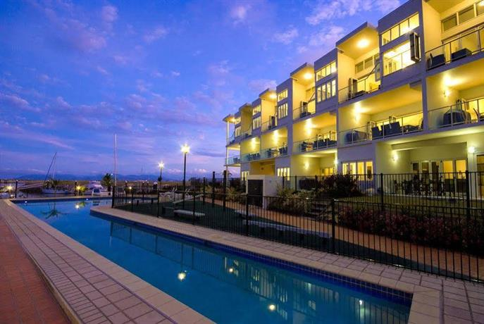 Photo: Beachside Magnetic Harbour Holiday Apartments