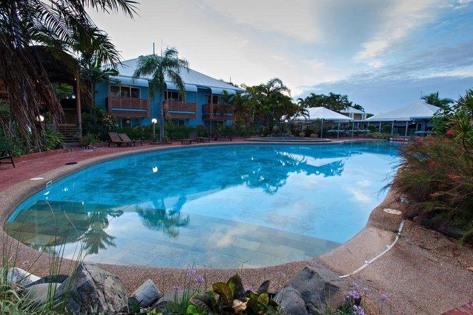 Photo: Dolphin Heads Resort