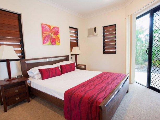 Photo: Seaforth Apartments