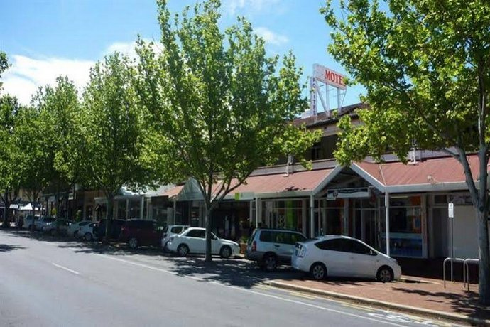 Photo: Adelaide Travellers Inn Backpackers Hostel