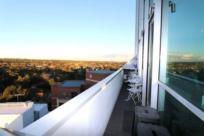 Photo: Apartment with views of Parramatta & Blue Mountains