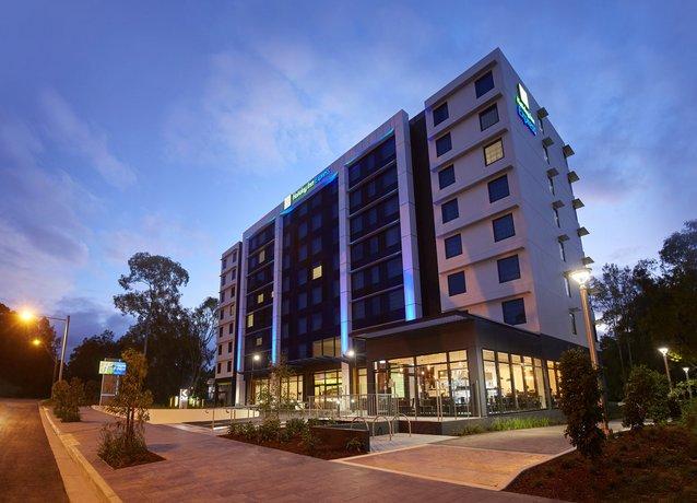 Photo: Holiday Inn Express Sydney Macquarie Park