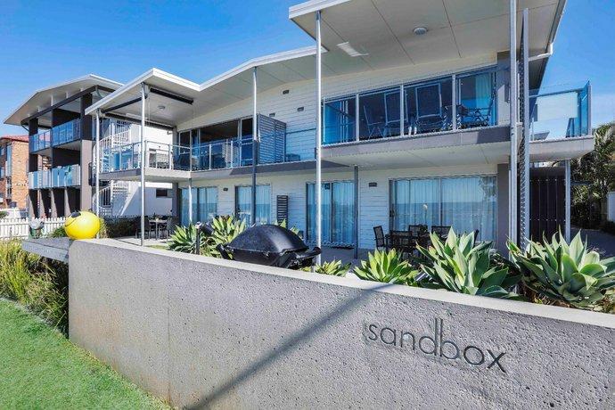 Photo: Sandbox Luxury Beach Front Apartments