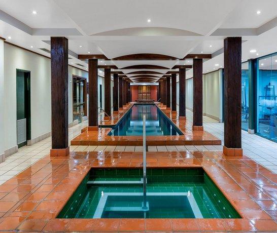 Photo: Oaks Goldsbrough Apartments