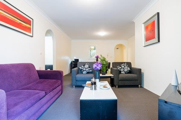 Photo: Eastwood Furnished Apartments