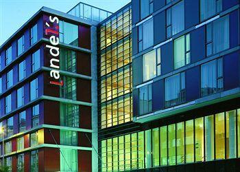 デザインホテルに泊まるのも面白い選択肢です。写真はAndels Hotel Prague