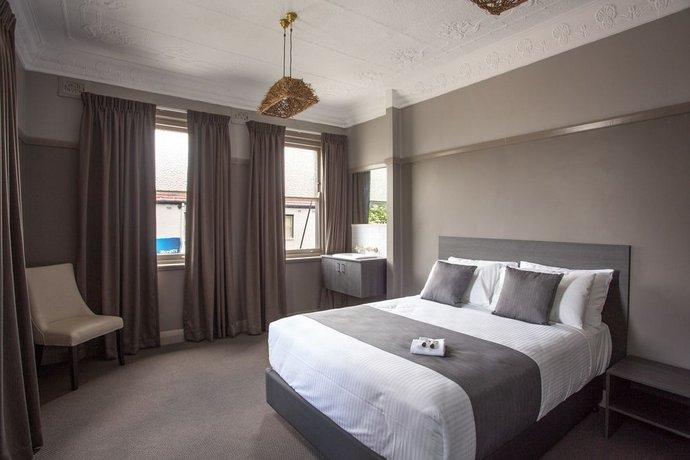 Photo: Nags Head Hotel