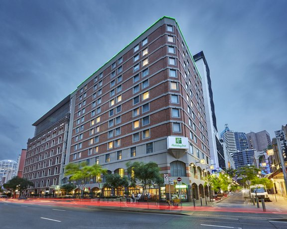 Photo: Holiday Inn Darling Harbour