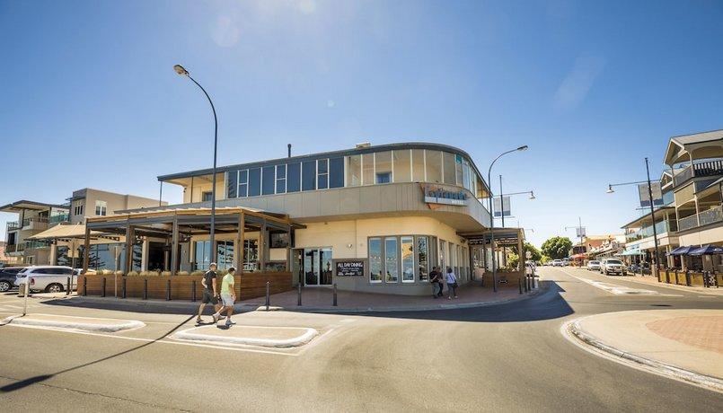 Photo: Esplanade Hotel Adelaide