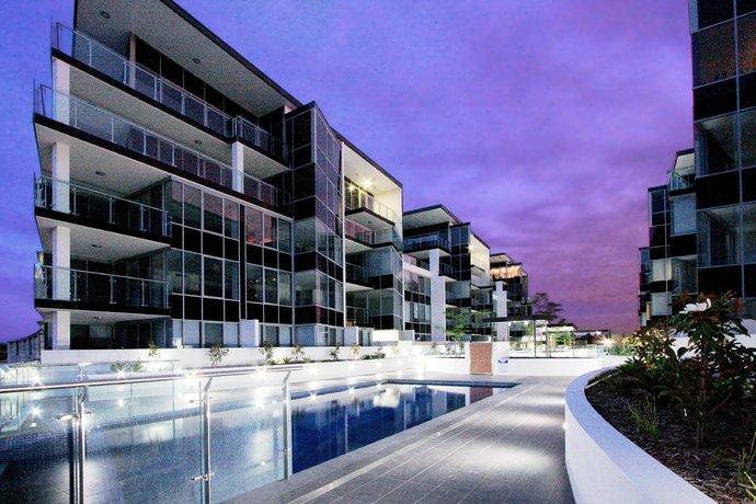 Photo: Accommodate Canberra - Lakefront