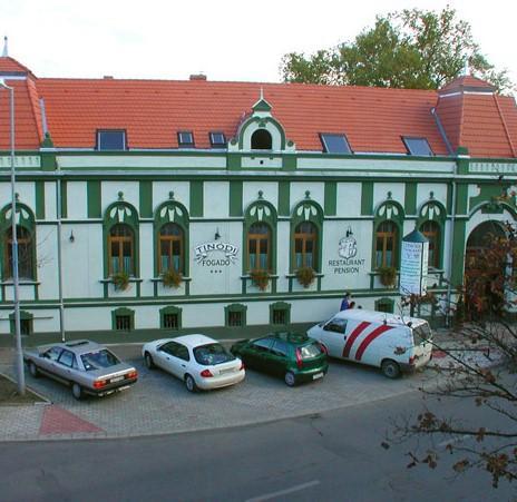 Tinodi Hotel es Etterem - dream vacation