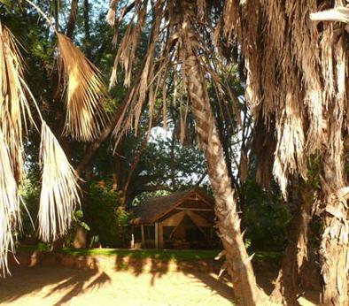 Tsavo Safari Camp - Kitaani Kya Ndundu - dream vacation