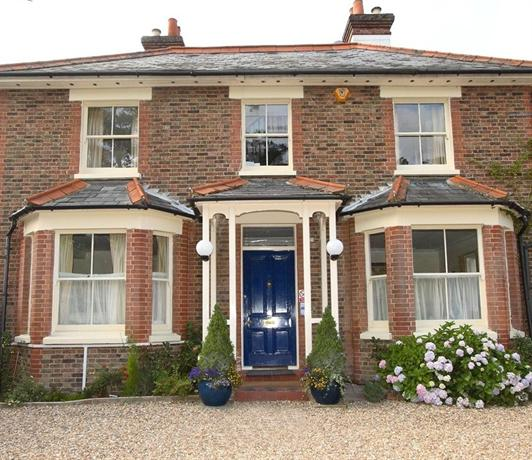Gatwick Grove Guest House Copthorne Crawley - dream vacation