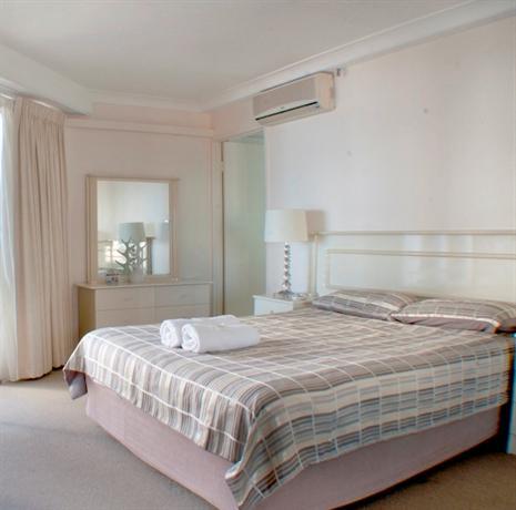 Photo: Zenith Ocean Front Apartments