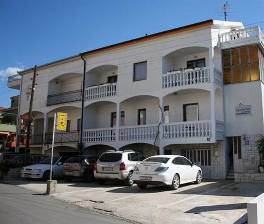 Apartments Curic Trogir Kralja Tomislava - dream vacation