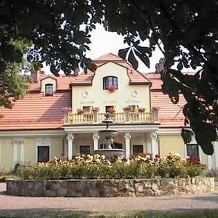 Dwor Szczepanskich - dream vacation