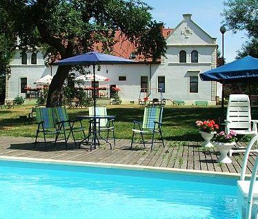 Palac Budzistow - dream vacation