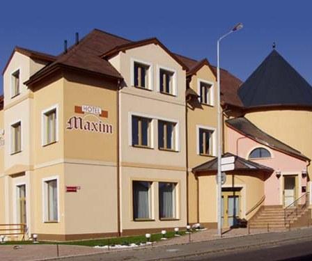 Family hotel Maxim