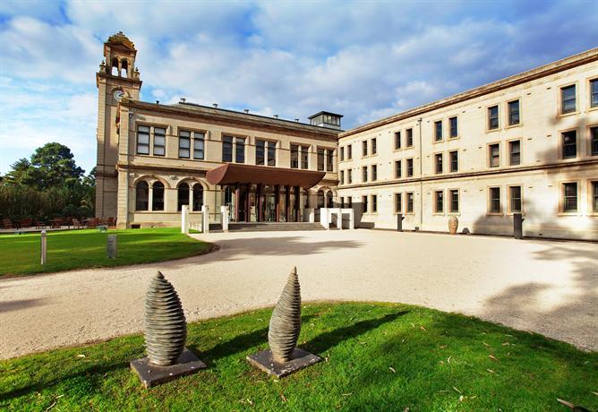 Photo: Lancemore Mansion Hotel Werribee Park