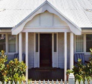 Photo: Healesville House - Magnolia House