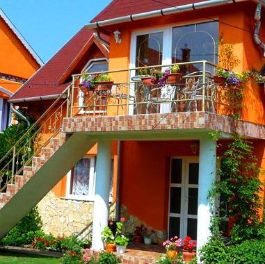 Liget Nyaralohaz es Apartman Liget - dream vacation