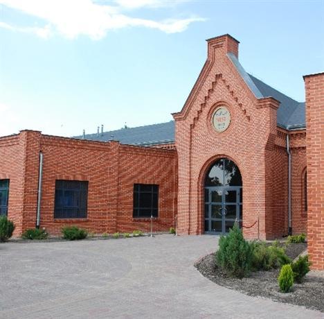 Nest Hotel Gniezno - dream vacation