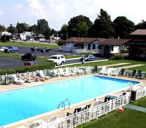 el patio motel erie compare deals
