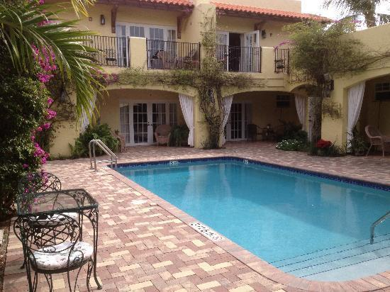 Grandview Gardens Bed Breakfast And Vacation Cottages West Palm Beach Compare Deals