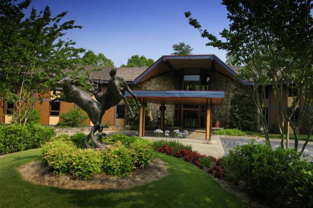 The Warner Lodge Tuscaloosa - dream vacation