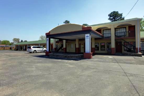 Americas Best Value Inn Russellville Alabama - dream vacation