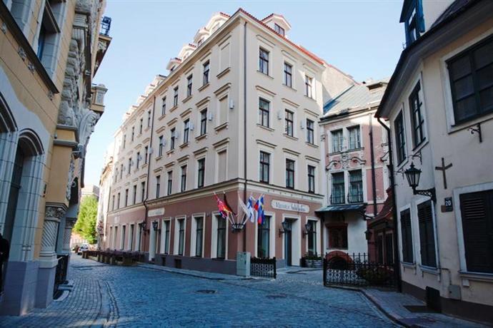 Hotel Justus Отель Джустус