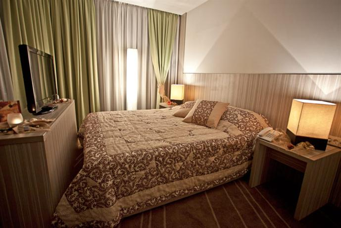 Hotel Hollywood Sarajevo - dream vacation