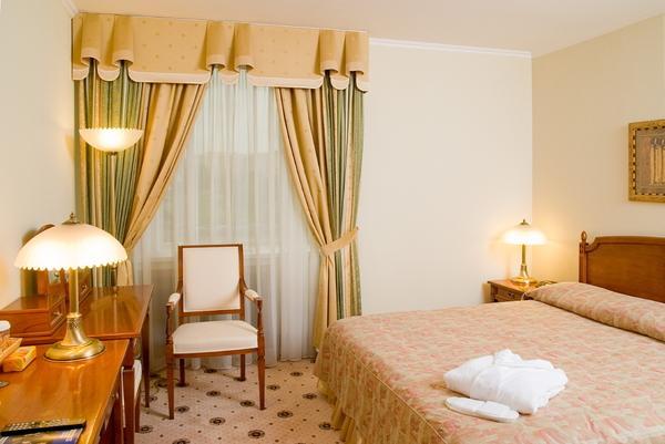 Рэдиссон Славянская Отель и Бизнес Центр