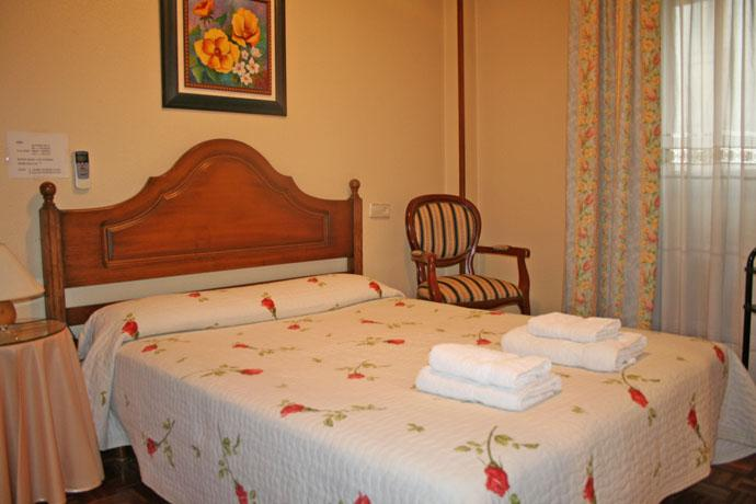 Acella Hostel Pamplona - dream vacation